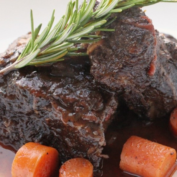 CHOCOLATE AND COFFEE RUBBED CHUCK SHORT RIBS